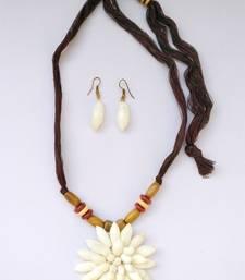 Buy Multicolor plain necklace sets necklace-set online