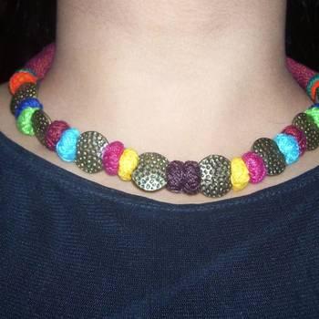sexy maroon necklace
