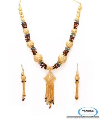 Vendee Gold plated necklace set 6806