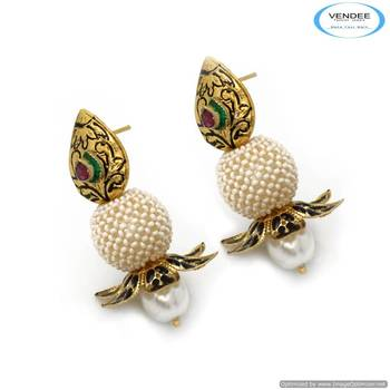 Vendee New arrival fashion earrings 6813