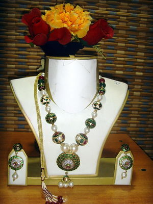 Saubhagya Sparkling Set