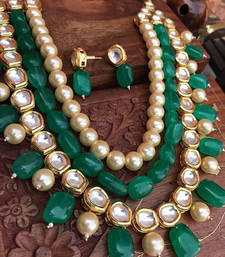Buy Kundan and Pearls necklace set with Green Onyx Gemstones black-friday-deal-sale online