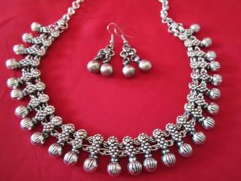 Oxidized Ball necklace