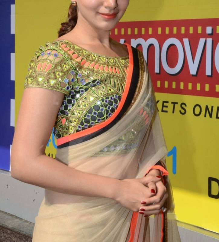 Buy bollyywood samantha mirror work blouse saree online for Mirror work saree