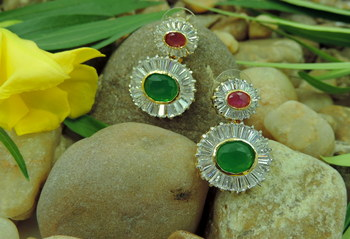 Red & Green Round AD Earrings