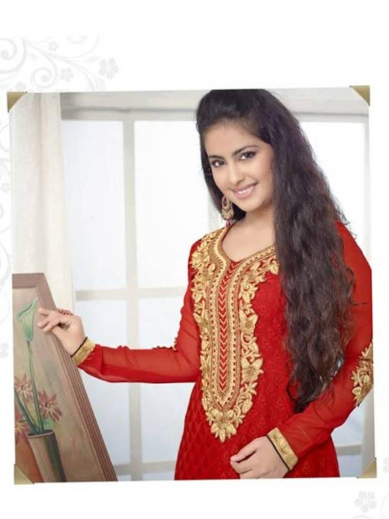 Avika Gor of 'Balika Vadhu' fame chops off her long tresses ...