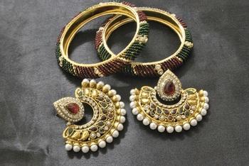 New Ram Leela Maroon & Green Colour Earrings & its Beaded Bangles set