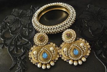 JevantaBai's Traditional Blue colour Earings & Gold Plated Kada studded with stones