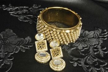 Gold Plated Handcrafted Kundan Earrings & Pearl Kada