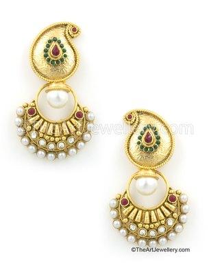 Red Green Traditional Rajwadi Dangle Earrings Jewellery for Women - Orniza