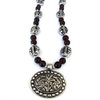 Flower Pendant necklace: Brown/024