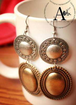 Olden Lady Royal Golden Bronze Mystique Round earrings