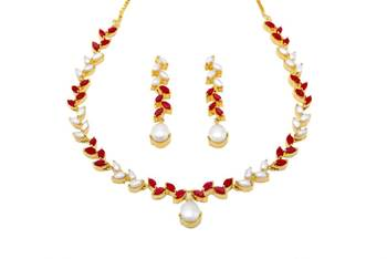 FLOWER LEAF NECKLACE SET WITH EARRINGS (PEARL CORAL) -