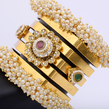 Trendy Pearls Polki Bracelet