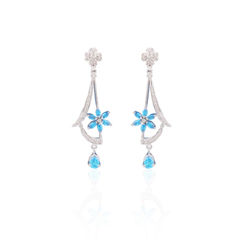 Metaculous american diamond earrings