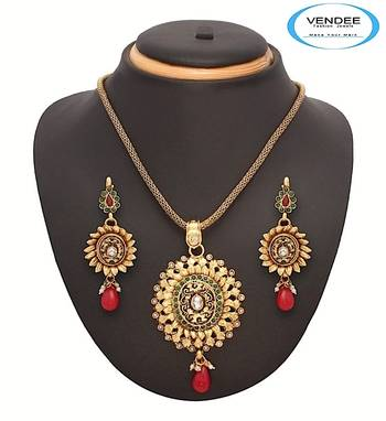 Vendee-Fashion Awesome Maroon Drops Pendant Set Jewelry (7063)