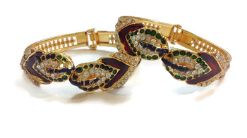 Peacock openable bracelets pair