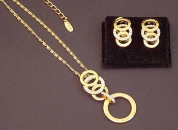 Beautiful Gold Plated RingORing Pendent Set