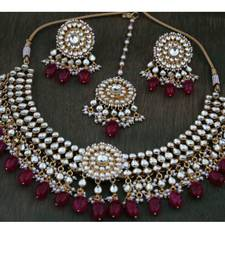 Buy Ahmedabadi Patchi Kundan Re Onyx Necklace Set with Earrings and Tikka necklace-set online