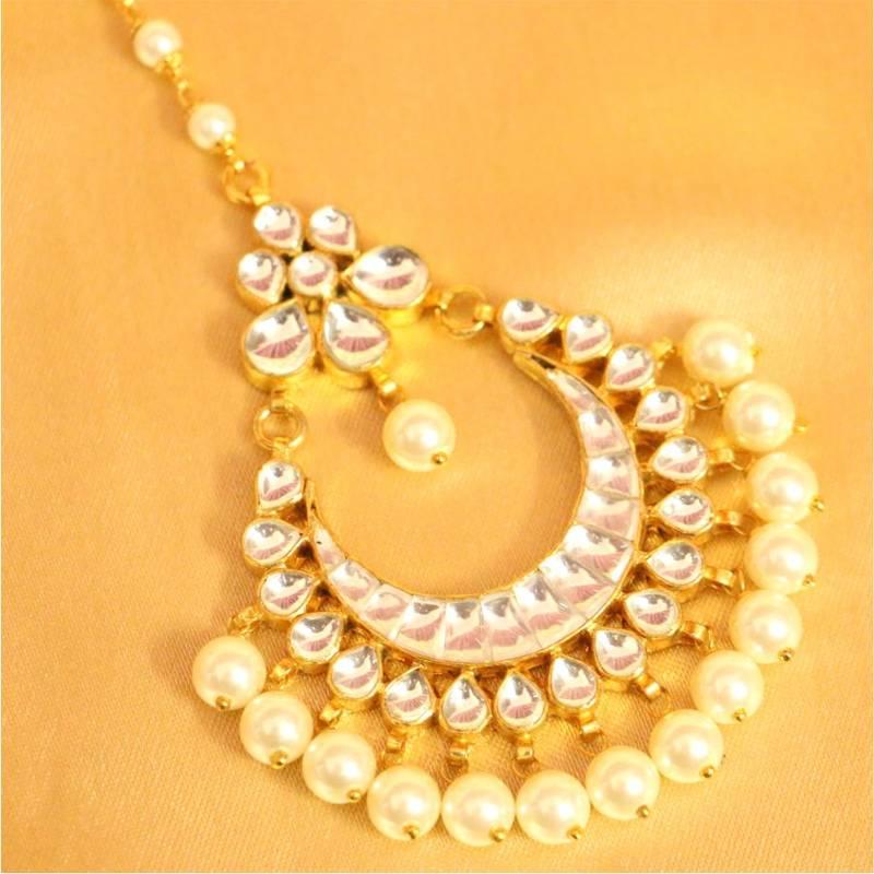 Buy Beautiful Patten Kundan Pearl Maang Tikka Online