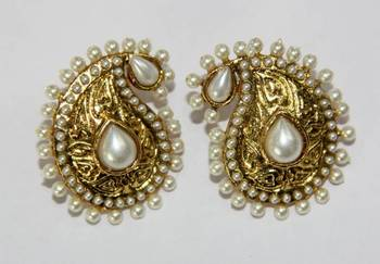ANTIQUE GOLD PLATED WHITE PEARLS TOPS