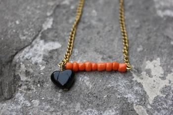 """Heart It"" Necklace (Orange)"