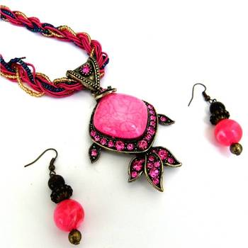 Pink Stones Necklace set
