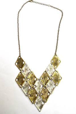 Diamonds statement necklace