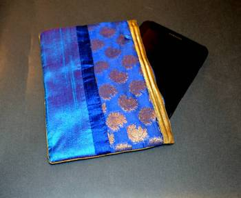 Silk pouch - Blue