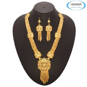 Vendee Fashion Exclusive Traditional Necklace Jewelry (7182)