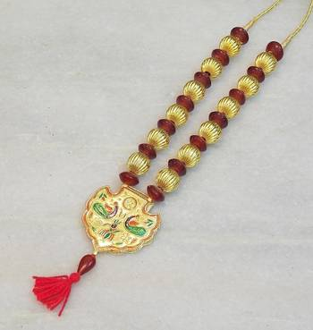Beautiful elegant temple colored stone necklace