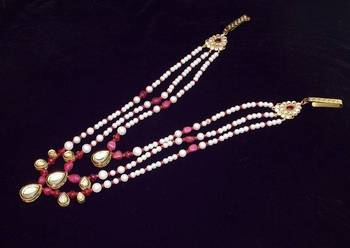 Handcrafted royal delicate pearl and kundan kamarband